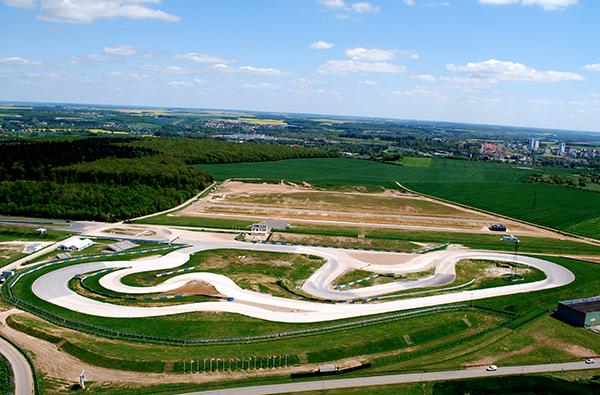PROPULSION-vue-aerienne-piste-Rallycross