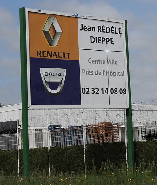 SAGA-ALPINE-2013-DIEPPE-F1-Panneau-concession-REDELE-de-DIEPPE-Photo-Gilles-VITRY-autonewsinfo
