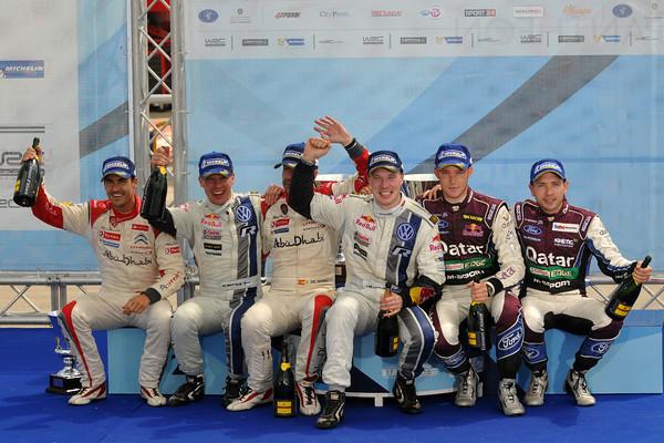 WRC-2013-ACROPOLE-Le-Podium-LATVALA-ANTTILA-SORDO-DEL-BARRIO-NEUVILLE-GILSOUL-Photo-Jo-LILLINI