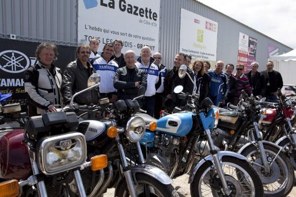 le groupe Yamaha Classic venu par la route.