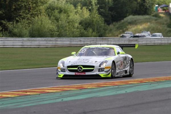 24-HEURES-DE-SPA-2013-La-Mercedes-pilotée-par-Götz-troisième-et-qui-pourrait-créer-la-surprise-©-Manfred-GIET