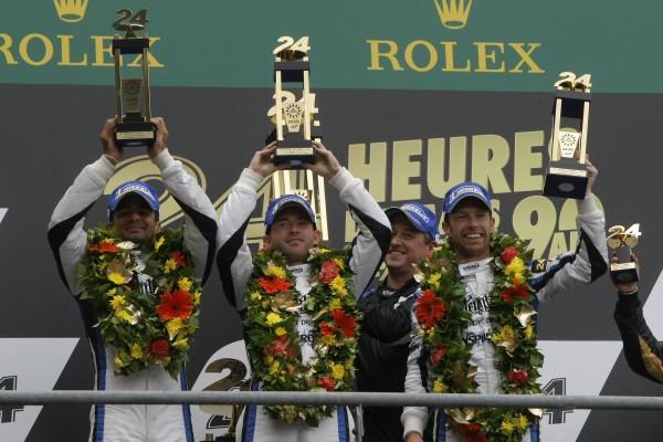 24-HEURES-DU-MANS-2013-STRAKKA-HPD-ARX-O3C Podium 1ére equipe LMP1 PRIVEE.
