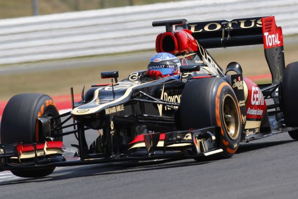 F1-2012-TEST-PIRELLI-SILVERSTONE-17-JUILLET-NICOLAS-PROST-dans-la-LOTUS-RENAULT - photo Team