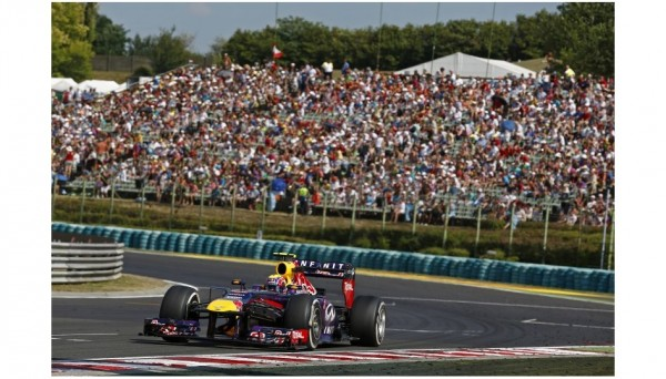F1-2013-BUDAPEST-MARK-WEBBER-RED-BULL-RENAULT