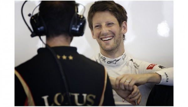F1-2013-BUDAPEST-ROMAIN-stand-LOTUS-portrait