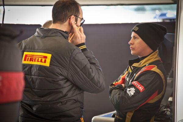 F1 2013 JEREZ TEST KIMI stand PIRELLI