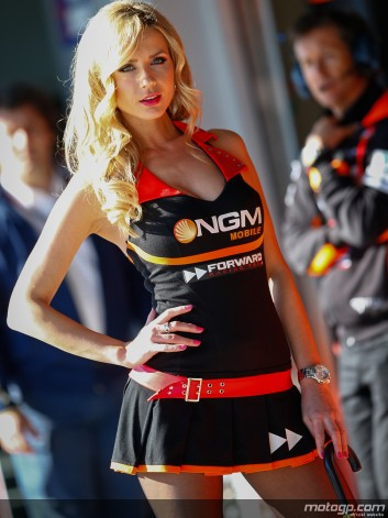 MOTO GP 2013 GRID GIRLS N