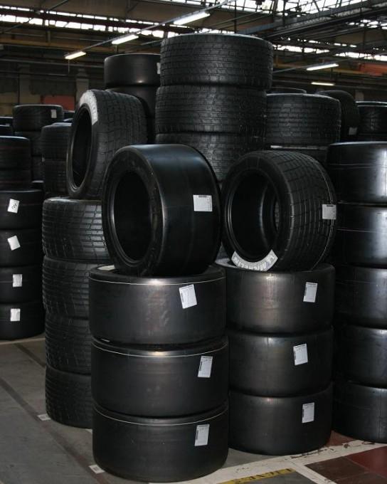 Michelin-pneux-usine-cataroux.