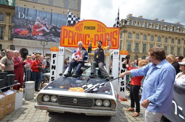 PEKIN-PARIS-2013-Gerry-Crown-81-ans-et-3éme-participation-et-sa-Leyland-P76-de-1973-vainqueur-Classic