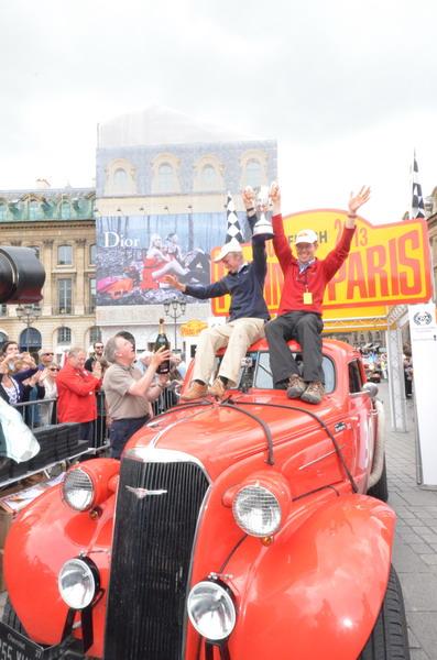 PEKIN-PARIS-2013-Vainqueur-Vintage-Chevrolet-Fangio-Coupé-1938-Photo-Olivier-THIBAUD