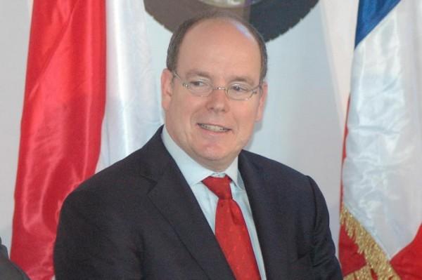 RIVE-2013-SAS-le-Prince-Albert-II-de-Monaco-ne-manque-jamais-une-occasion-de-soutenir-avec-sa-fondation-les-avancées-écologiques-Photo-Patrick-Martinoli.