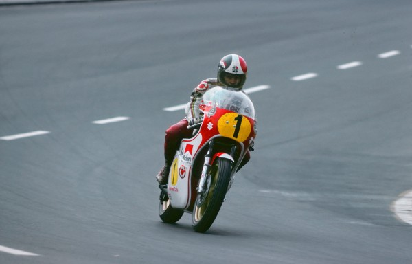 SPA BIKERS 2013 Giacomo AGOSTINI 1976 Spa Francorchamps-Eau Rouge-© Manfred GIET.