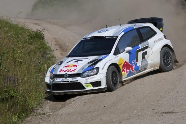 WRC-2013-Tests-Finlande-pour-Ogier