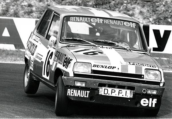 Manou ZURINI-en-1976-Coupe-de-France-sur-le-circuit-des-Essarts-a-Rouen