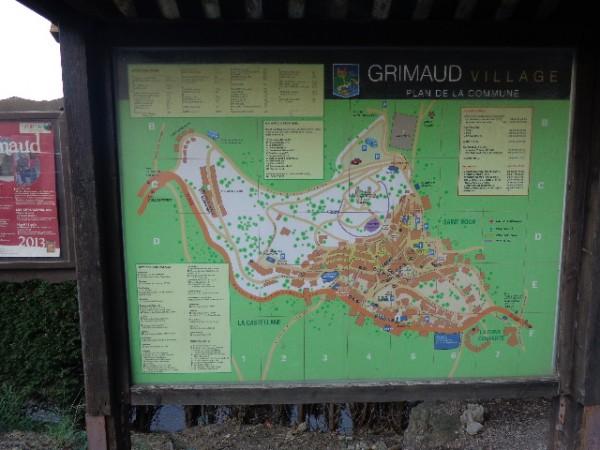 GRIMAUD-Plan-du-village--23-aout-2013-photo-autonewsinfo.com