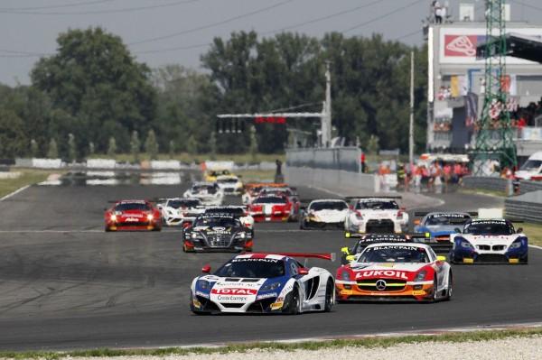 GT FIA 2013 SLOVAKIA McLaren SebastienLoebRacing ©V-Iimages.