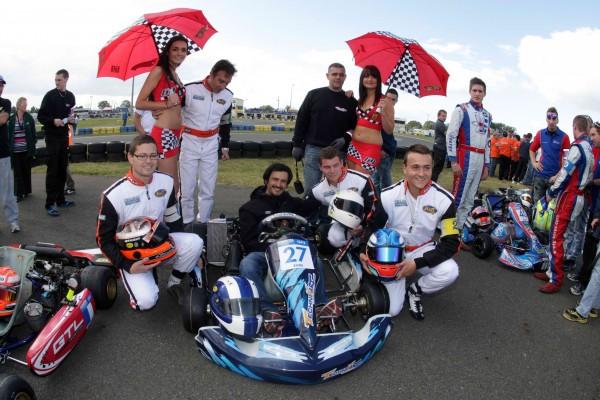 KARTING-2013-Photo-Stephane-Ortelli-vainqueur-24-Heures-du-Mans-1998-et-les-pilotes-Eure-Technikart-vainqueurs-24-Heures-Karting-2012-Groupe-2.