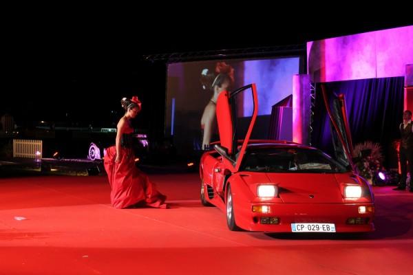 LA-BAULE-2013-Concours-elegance-Encore-une-Belle-avec-une-LAMBO-photo-Emmanuel-LEROU