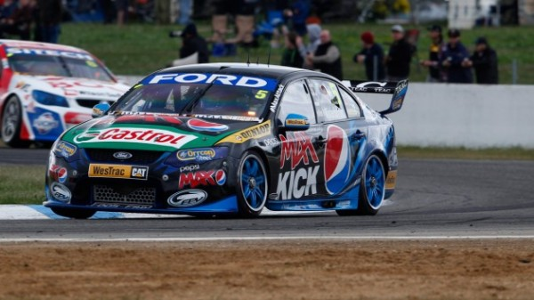 V8-2013-WINTON-COURSE-2-1er-FORD-MARK-WINTERBOTTOM.