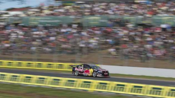 V8-SUPERCAR-2013-HOLDEN-JAMIE-WHINCUP