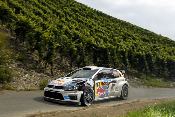 WRC-2013-ALLEMAGNE-VW-POLO-OGIER-Photo-Jo-LILLINI
