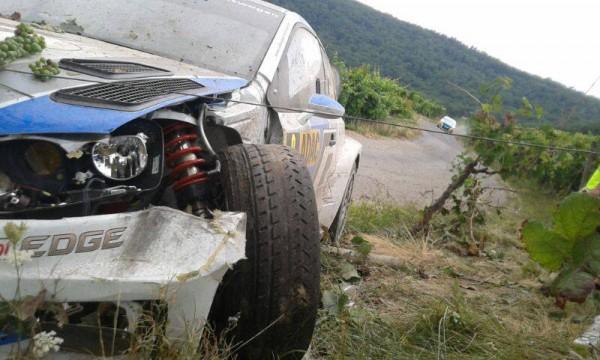 WRC-2013-ALLEMAGNE-VW-POLO-accident-de-Seb-OGIER-Vendredi-23-aout-ES-3-Photo-DR