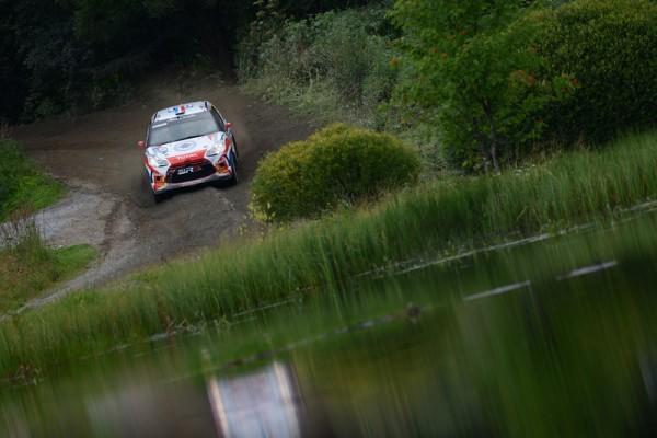 WRC-2013-FINLANDE-SEBASTIEN-CHARDONNET-THIBAUT-DE-LA-HAYE.