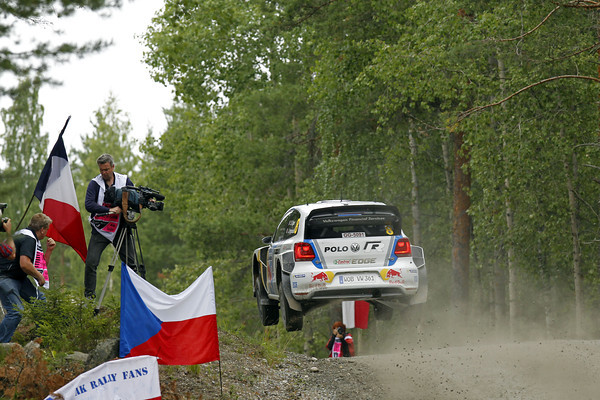 WRC-2013-FINLANDE-VW-POLO-SEB-OGIER-Photo-Jo-LILLINI