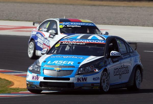 WTCC-2013-ARGENTINE-MACDOWALL-