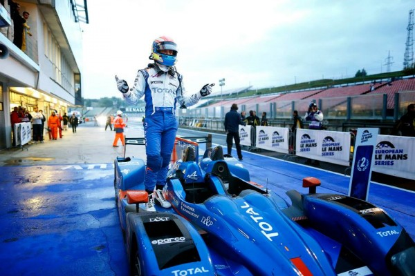 ELMS-2013-BUDAPEST-HUNGARORING-VICTOIRE-ALPINE-NELSON-PANCIATICI-laisse-eclater-sa-joie-photo-Team