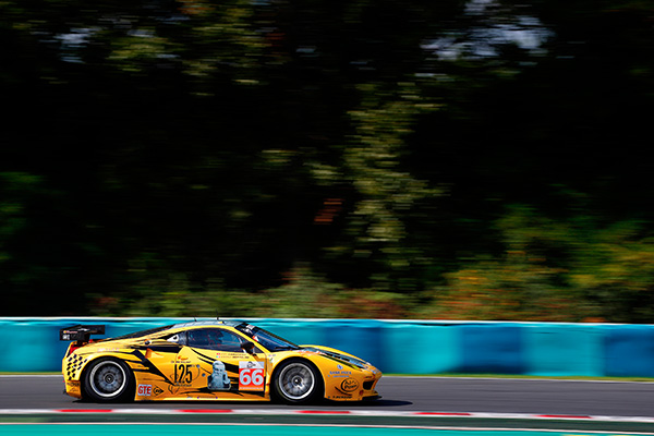 ELMS-2013-HUNGARORING-FERRARI-F458-JMW.Photo DUNLOP