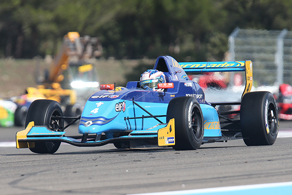 EUROCUP FORMULE RENAULT 2013 PAUL RICARD - NYCK DE VRIES - course 2 le 29 septembre - photo Gilles VITRY