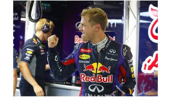 F1-2013-SINGAPOUR-SEB-VETTEL-en-pole-la-41éme-ce-samedi-21-septembre-2013