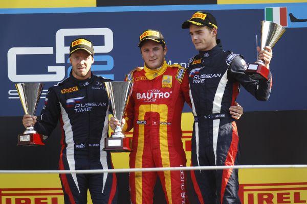 GP2 2013 MONZA Podium Course 1 LEIMER 1er et les deux pilotes RUSSIAN TIME BIRD et DILLMANN