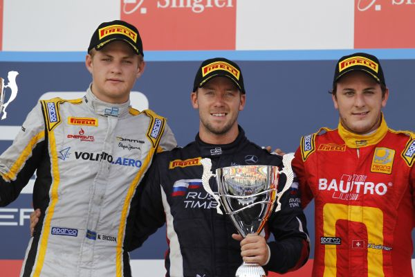 GP2-2013-SINGAPOUR-podium-seconde-course-Bird-1er-Ericsson-second-et-Leimer-3éme