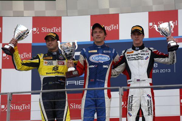 GP2-2013-SINGAPOUR-premiere-course-Podium-Palmer-1er-devant-Nasr-et-Calado