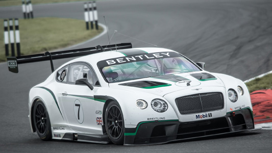 GT-2013-BENTLEY-GRANDS-DEBUTS-A-ABU-DHABI.
