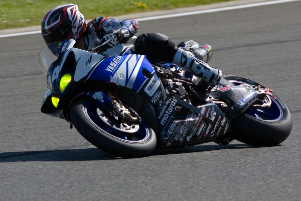 La YAMAHA du GMT peut se battre devant._ Photo Michel PICARD autonewsinfo