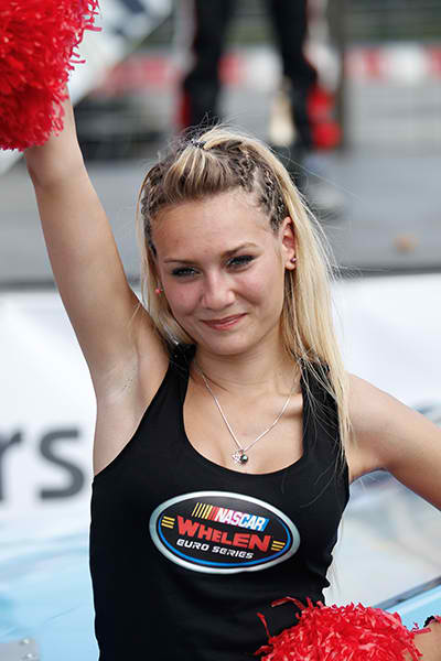 RACECAR-2013-GRID-GIRL-TOURS.