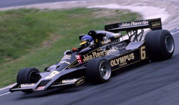 RONNIE-PETERSON-1978-photo-JPS