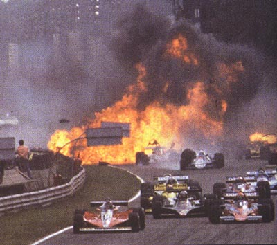 RONNIE-PETERSON-accident-GP-ITALIE-MONZA-10-Sept-1978