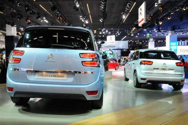 SALON-DE-FRANCFORT-2013-Le-Citroën-grand-Picasso-avec-ses-7place-et-identifiable-de-larrière-par-ses-doubles-feux-qui-restent-simple-sur-le-Picasso-5-places-6-PHOTO-pATRICK-martinoli