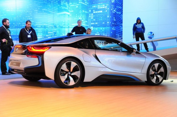 SALON-DE-FRANCFORT-2013-Plus-hybride-que-pure-électrique-cette-BMW-I8-Photo-Patrick-Martinoli