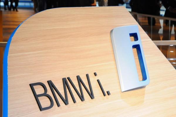 SALON-FRANCFORT-2013-BMW-fait-de-la-Série-I-une-véritable-marque-Photo-Patrick-Martinoli