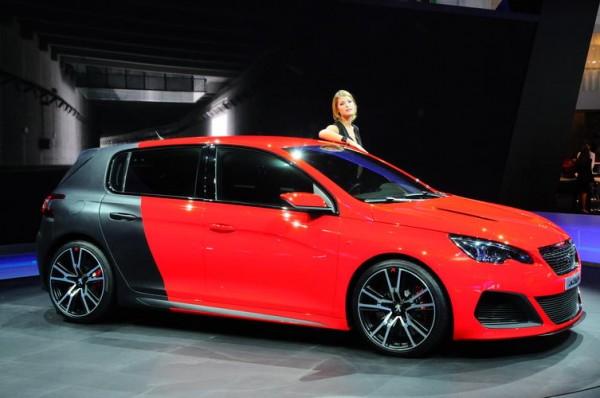 SALON-FRANCFORT-2013-Préparée-par-Peugeot-Sport-la-future-308-R-sera-le-modèle-le-plus-performant-de-la-gamme-Photo-Patrick-MARTINOLI