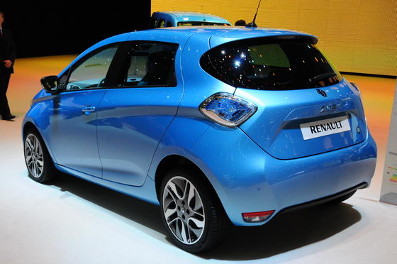 2013-RENAULT-ZOE-E-Photo-Patrick-MARTINOLI-autonewsinfo