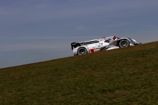 WEC-2013-Avant-AUSTIN-AUDI-N°1-TRELUYER-FASLER-LOTTERER-photo-Team