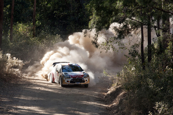 WRC-2013-AUSTRALIE-DS3-AL-QASSIMI-Photo-Jo-LILLINI.
