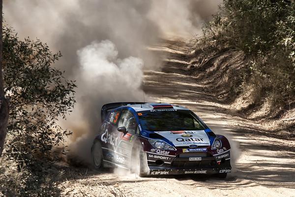 WRC-2013-AUSTRALIE-FORD-FIESTA-NOVIKOV-Photo-Jo-LILLINI
