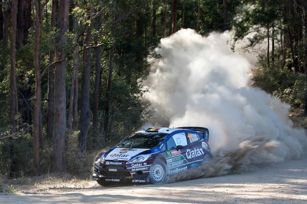 WRC-2013-AUSTRALIE-FORD-NEUVILLE-Photo-Jo-LILLINI